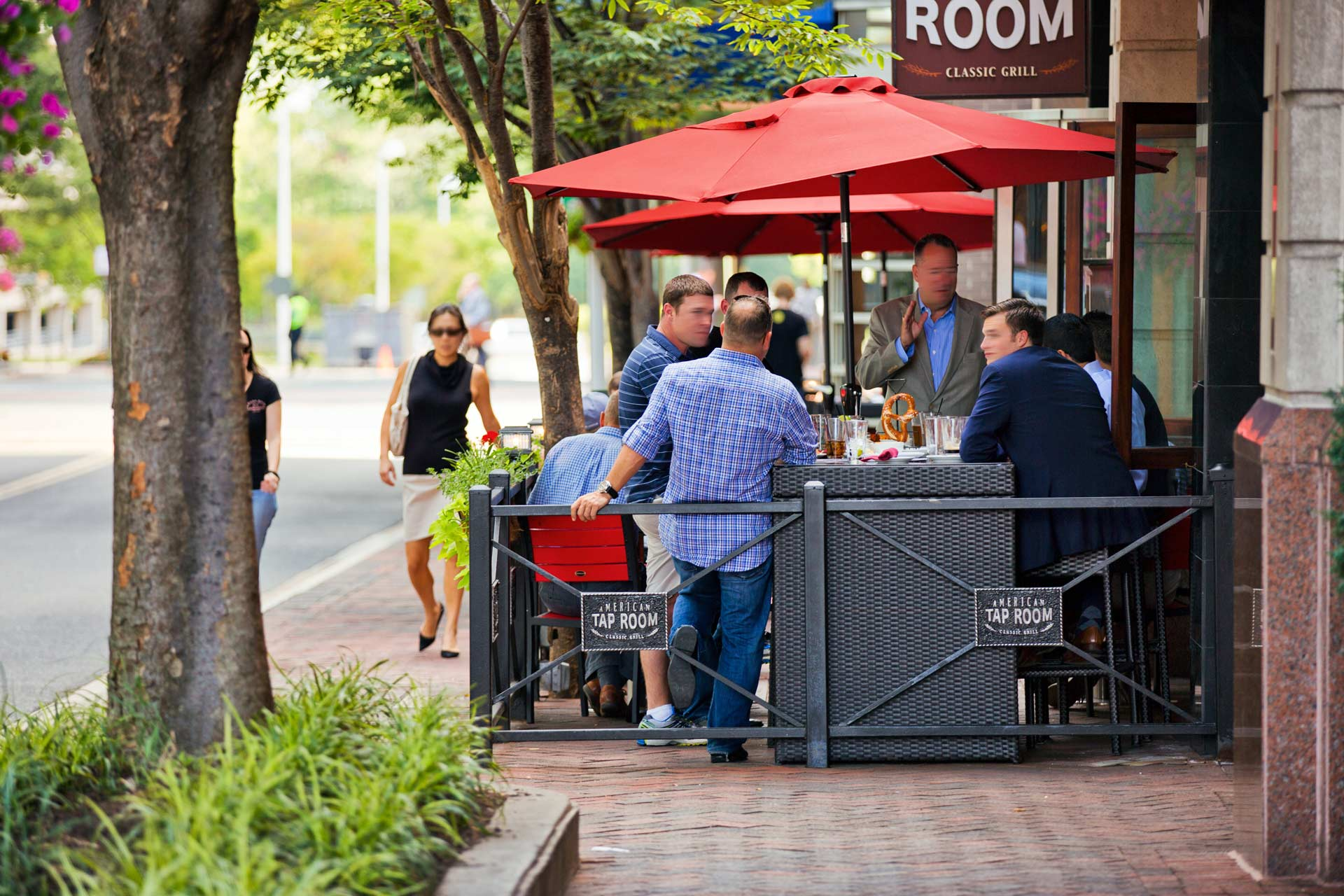 Outdoor seating at Tap Room restaurant